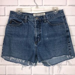 Vintage Guess Jean Cut off shorts sz 32